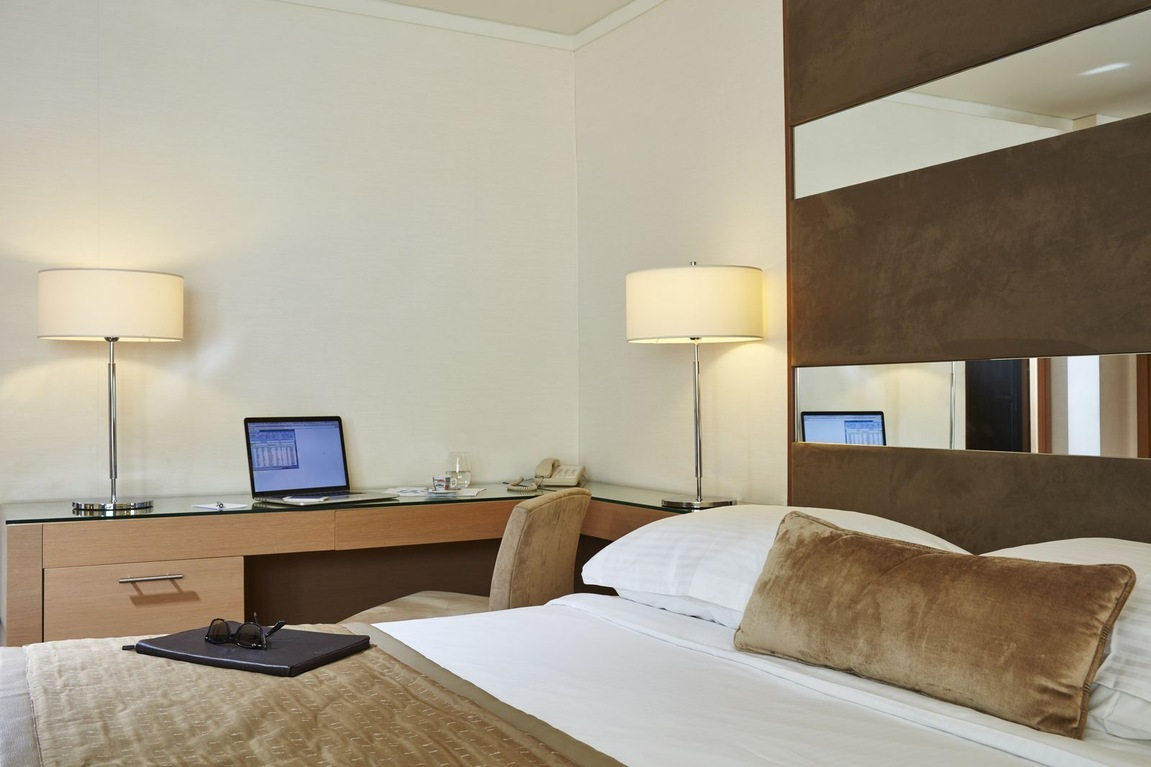Superior Business room with workstation at Galaxy hotel for business travel in Heraklion